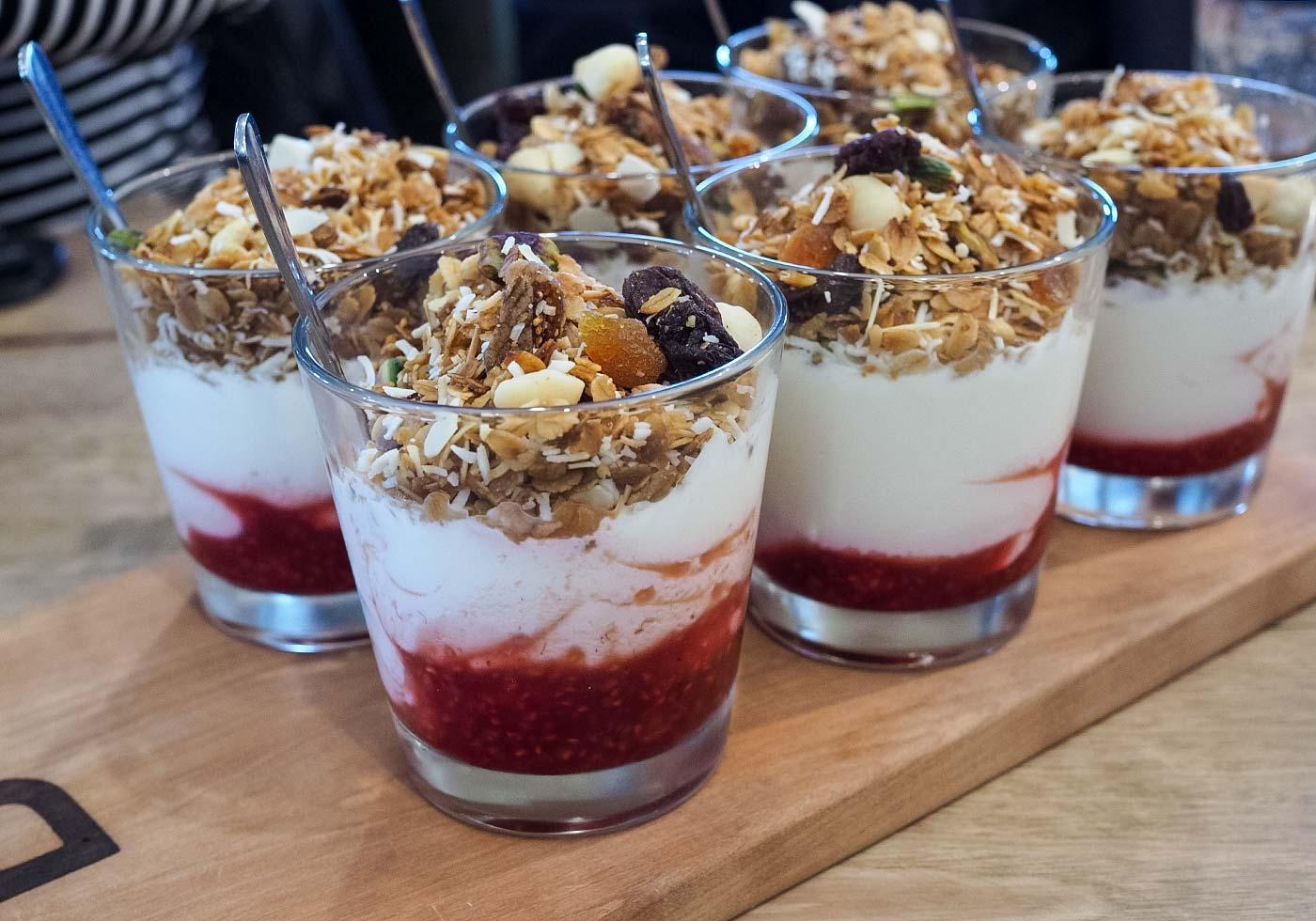byng-street-cafe-yoghurt