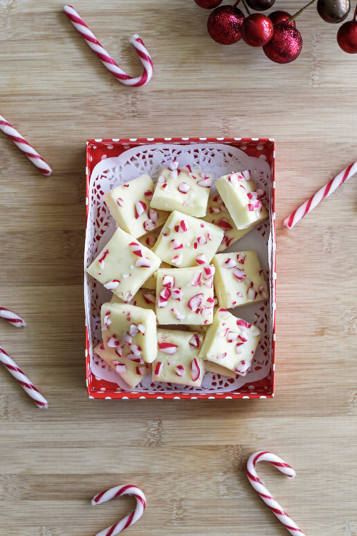 candy-cane-white-chocolate-fudge2