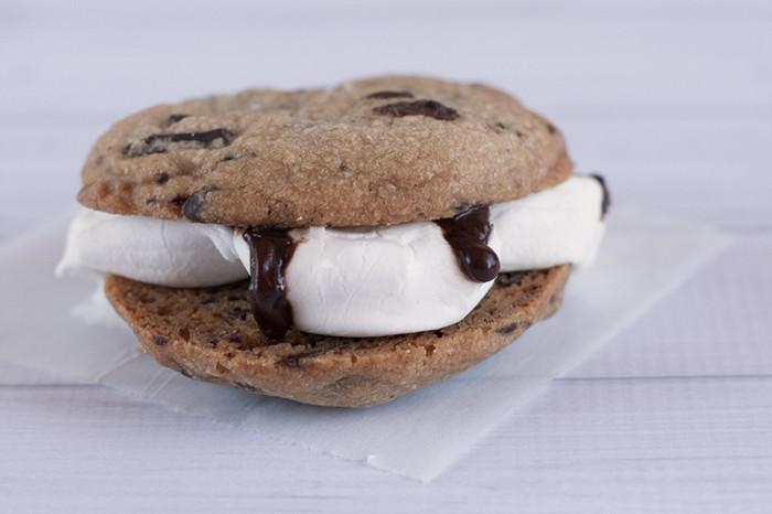 choc-chip-smores-cookie-sandwich3