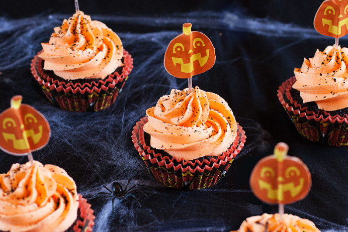 chocolate-orange-halloween-cupcakes6