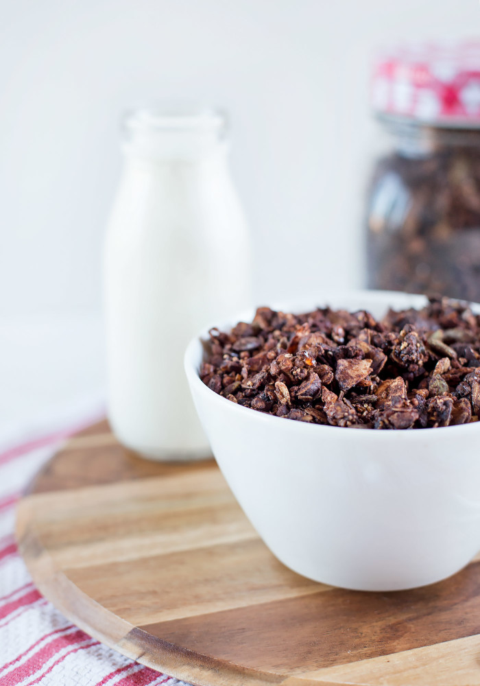 chocolate-spiced-granola2