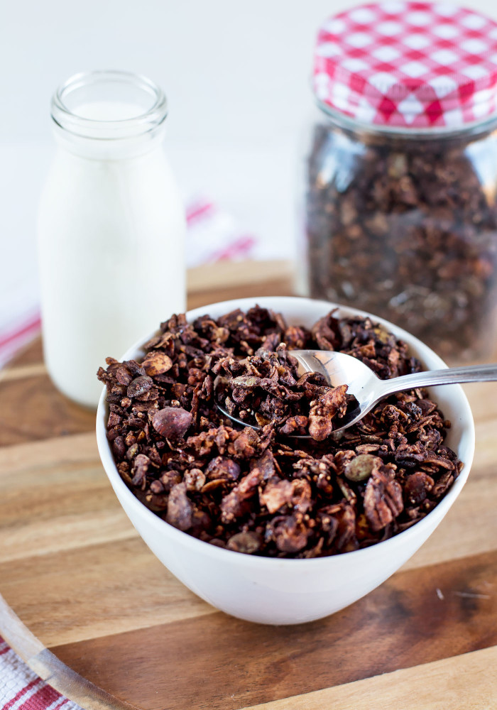 chocolate-spiced-granola4
