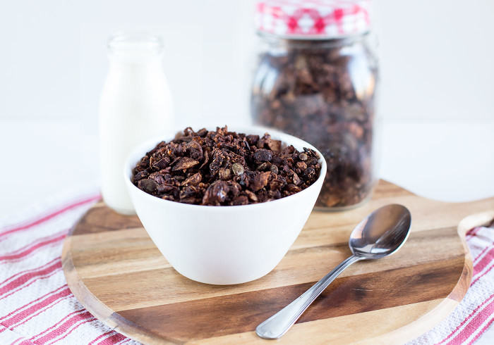 chocolate-spiced-granola5