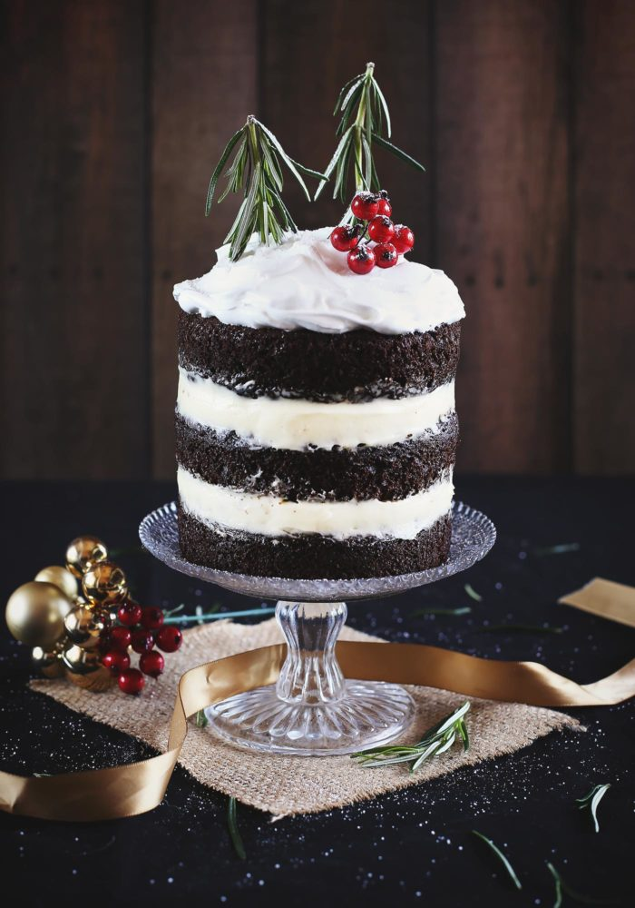 christmas-chocolate-gingerbread-cake-marshmallow-frosting5