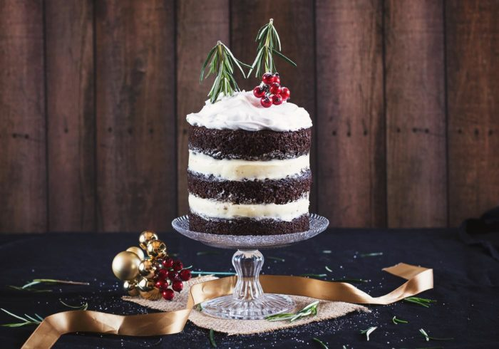 christmas-chocolate-gingerbread-cake-marshmallow-frosting6