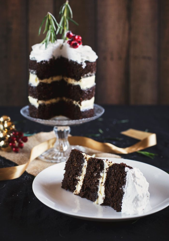 christmas-chocolate-gingerbread-cake-marshmallow-frosting8