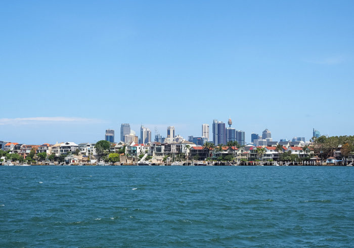 cockatoo-island-ferry-view