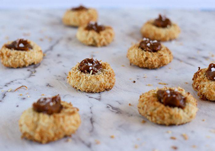 coconut-thumbprint-cookies-with-caramel3