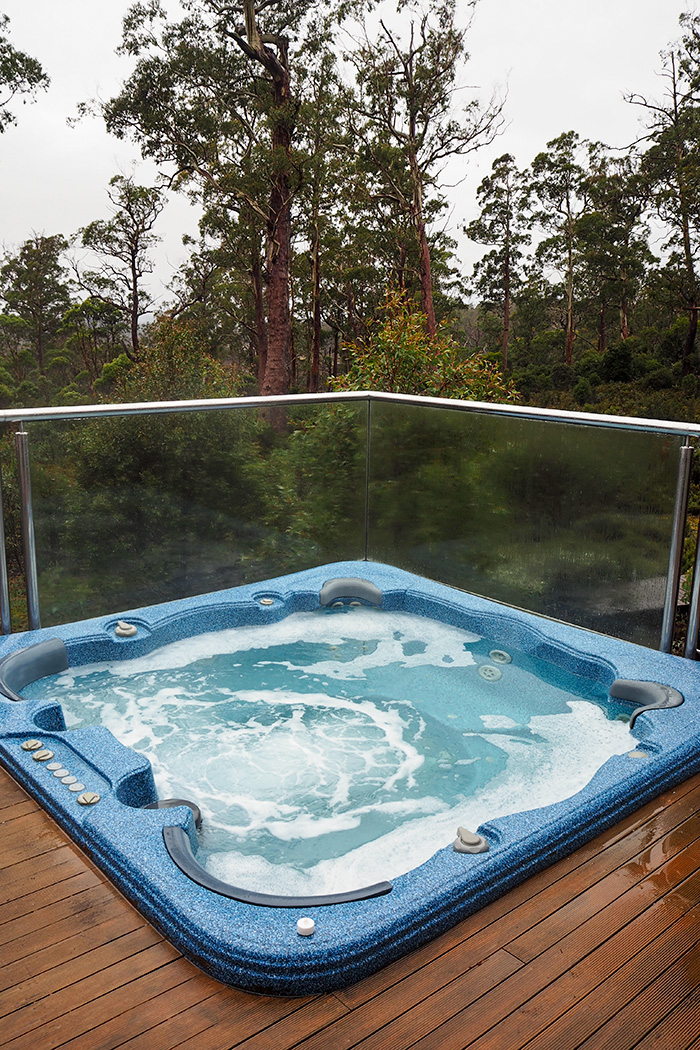 cradle-mountain-outdoor-spa