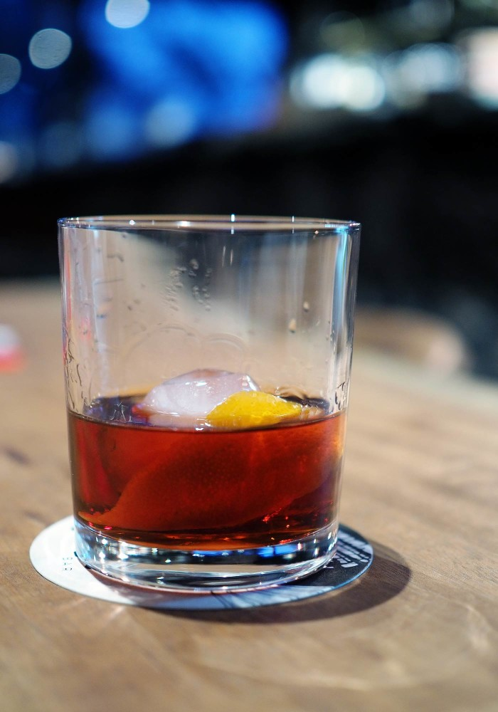 east-hotel-joes-bar-negroni