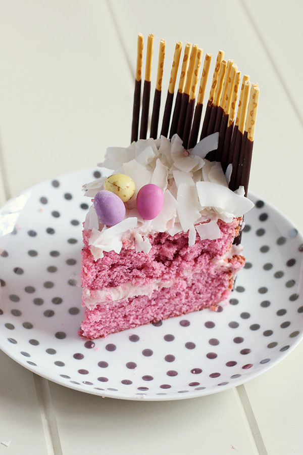 fresh-strawberry-easter-egg-basket-cake7