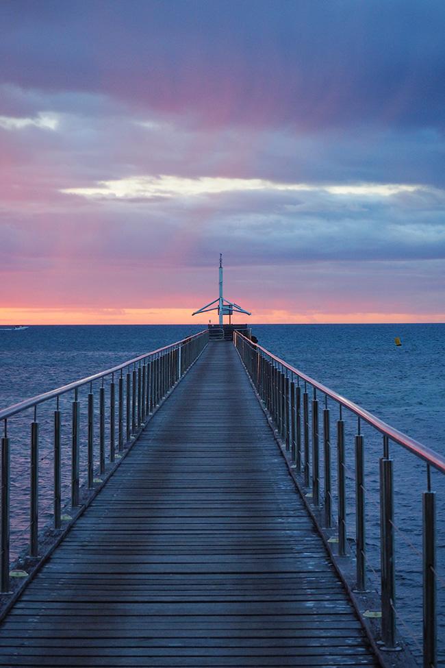ilot-maitre-sunset-pier
