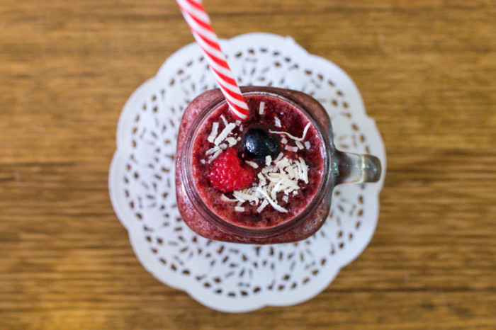 imk-spotlight-berry-smoothie2