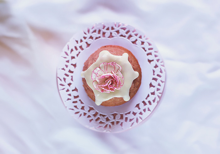mini-strawberry-bundt-cakes3