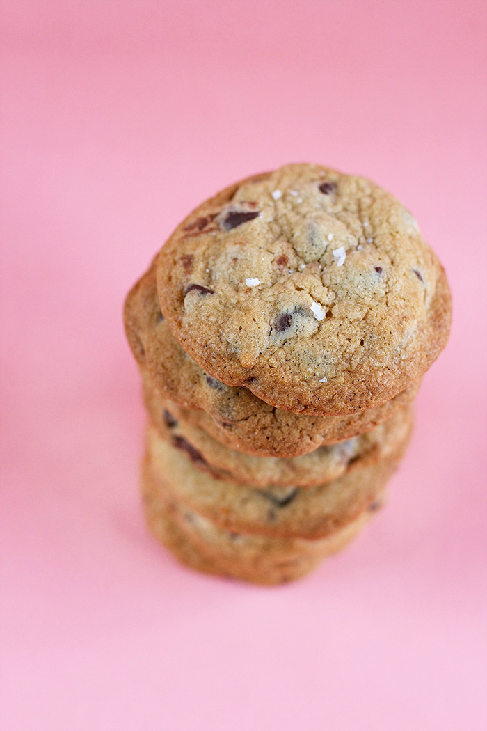 nutella-stuffed-choc-chip-cookies1