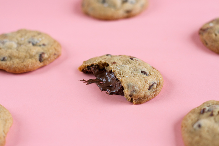 nutella-stuffed-choc-chip-cookies5