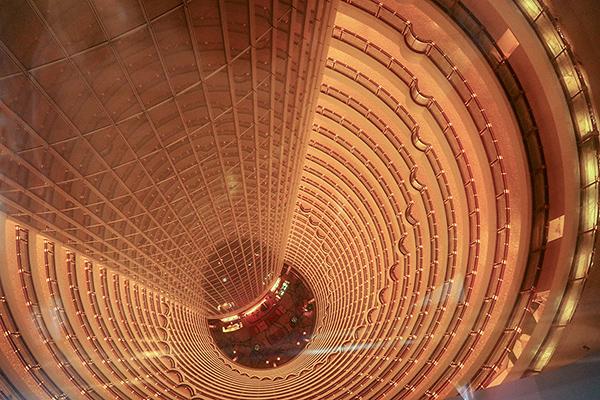 shanghai-vertigo