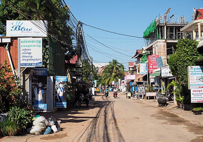 siem-reap-street3