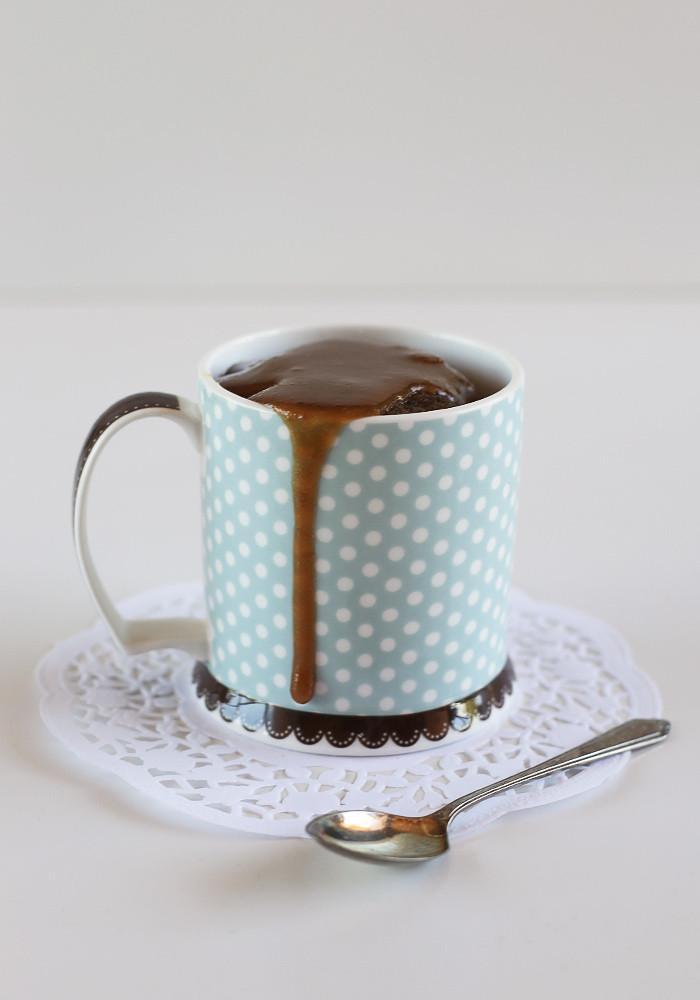single-serve-sticky-date-pudding-mug-cake1