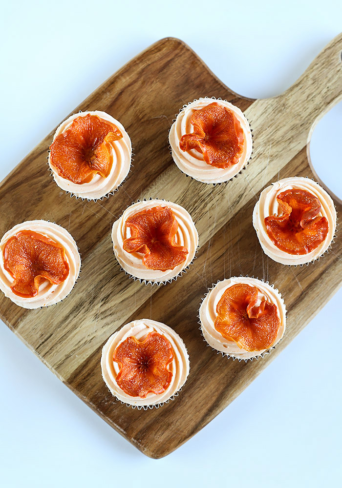 spiced-persimmon-cupcakes-cream-cheese-frosting1