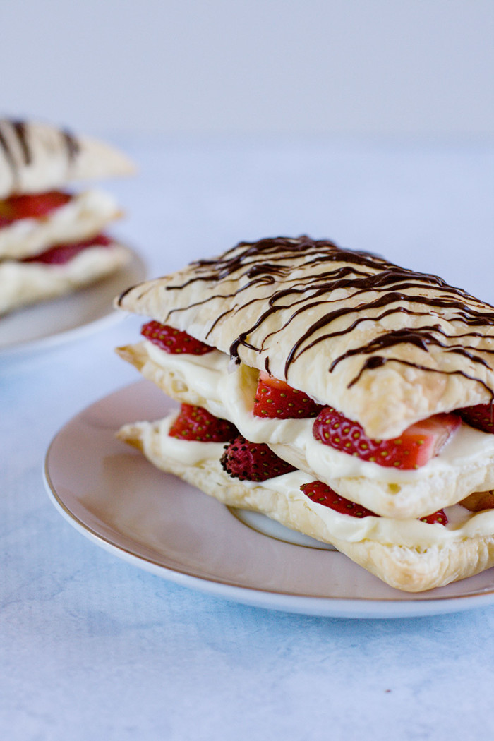 strawberry-cheesecake-napoleons3