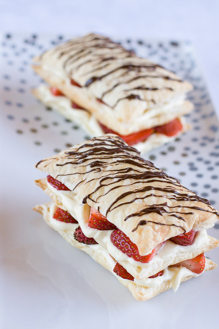 strawberry-cheesecake-napoleons5