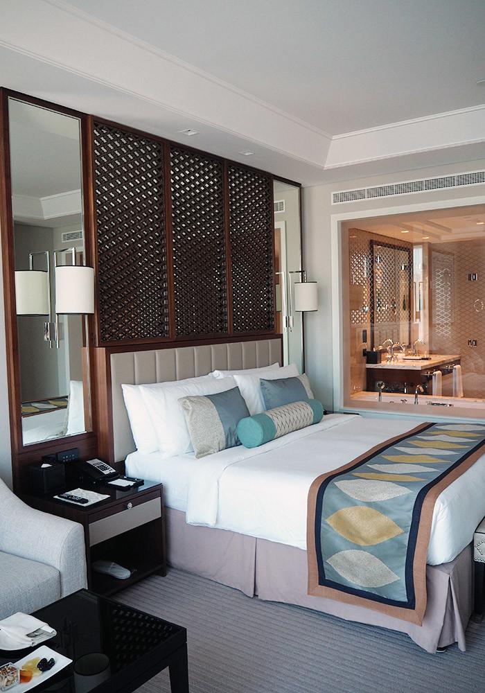 taj-dubai-bedroom
