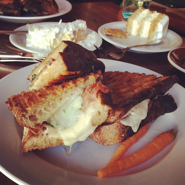 tartine-bakery-sandwich