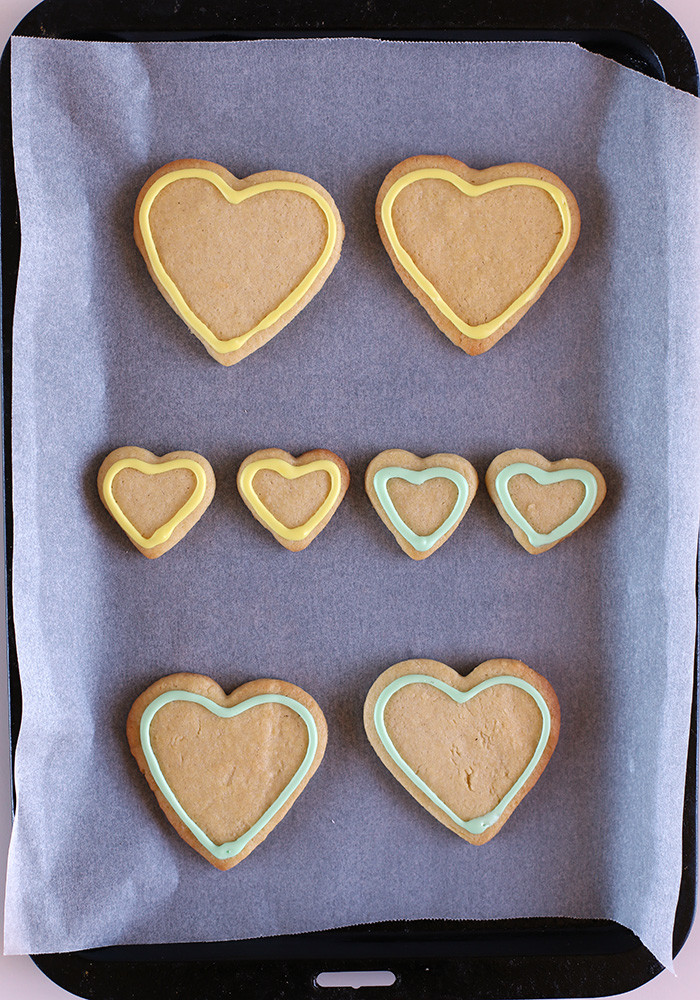 valentines-day-cookies-outline