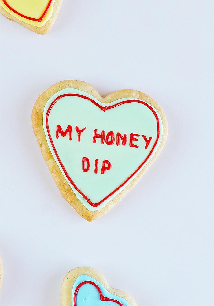 valentines-day-rap-conversation-hearts-honey-dip